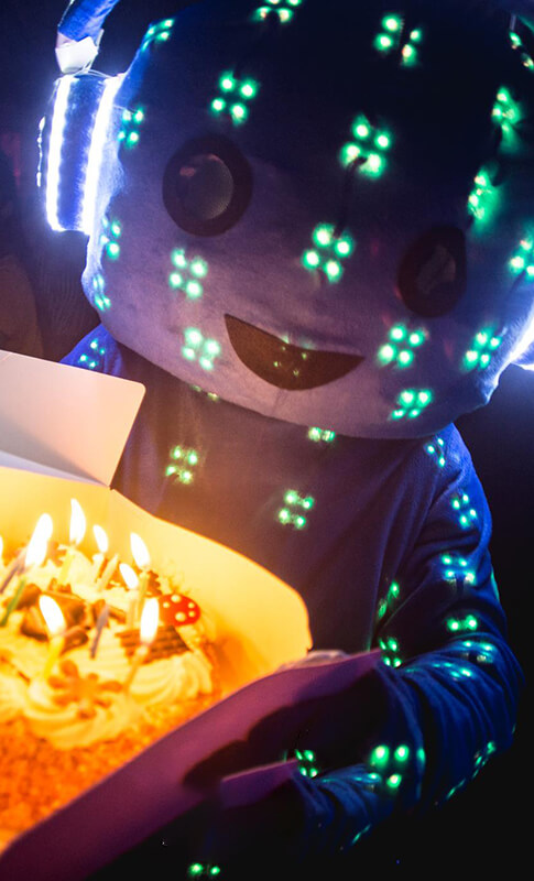 robot-cake-cut